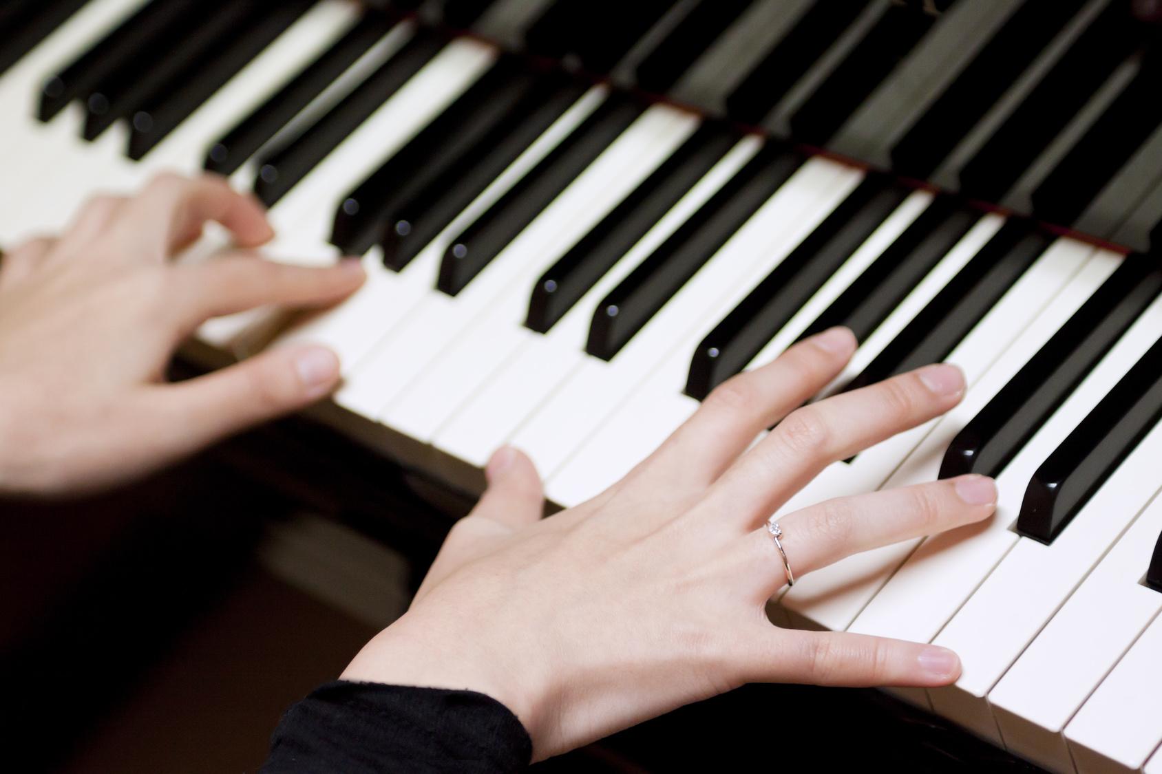 思わず呼吸を忘れるJAZZピアニスト『ちーふぃー』